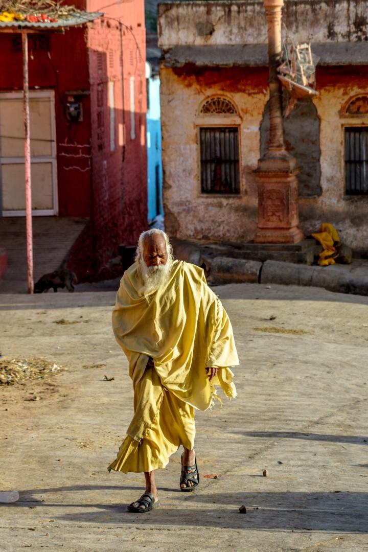 India April 2016-927